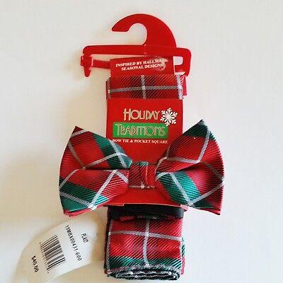 Hallmark Holiday Traditions Mens Bow Tie & Pocket Square Plaid Christmas Colors Holiday Plaid Bow Tie