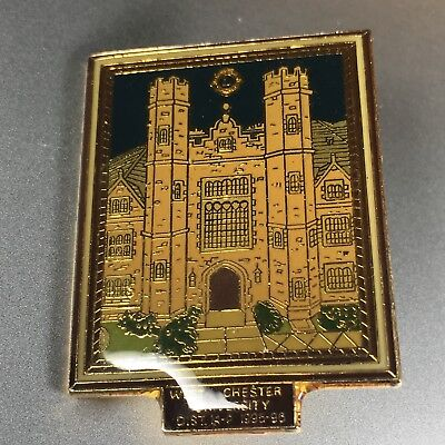 West Chester University Lions Club Pin District 14-P Brass Collectible Pin 1995