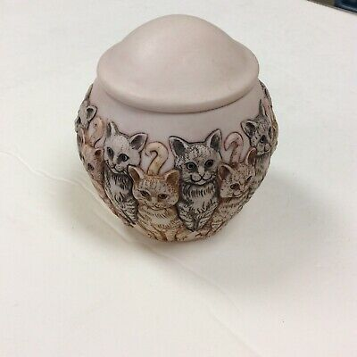 OUTSTANDING PET CREMATION DECORATIVE URN FOR KITTY CAT, NEVER USED