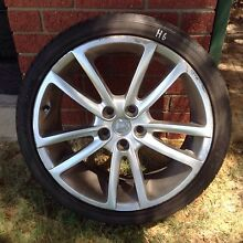 (H6) Holden VE rims and tyres 245/35/20 Kelmscott Armadale Area Preview
