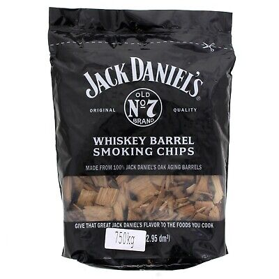 Jack Daniels Tennessee Whiskey Barrel Chips 750g Barbecue Smoking Cooking