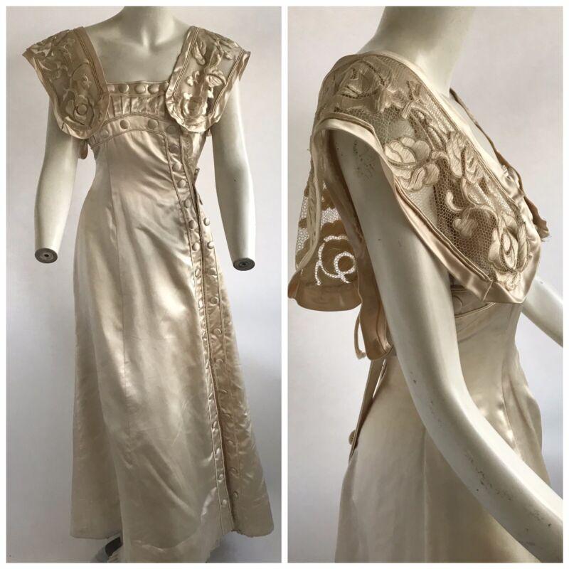 Vintage 1900s Belle Epoque Edwardian Embroidered Silk Wedding Dress