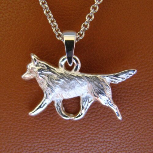 Small Sterling Silver Siberian Husky Moving Study Pendant