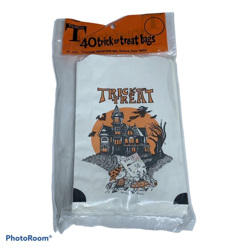 Vintage Halloween Trick Or Treat Bags 40 Count NOS Topstone Haunted House Witch