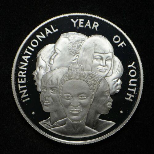 1985 Jamaica International Year of Youth Silver $10 (slb1447)