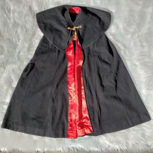 Foxhunt Made in Spain Wool Cape, Women