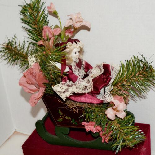 Vintage Christmas Center Piece Wooden Sleigh Decoration