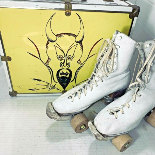 Vintage Roller Skates with Rol-O-Way Wood Wheels Metal Case Womans Size 7