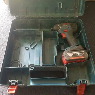 Bosch impact driver with battery