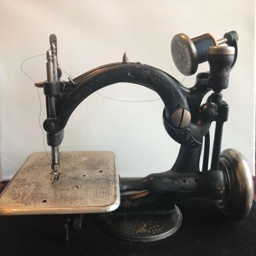 Wilcox & Gibbs Antique Toy Chain Stitch Sewing Machine