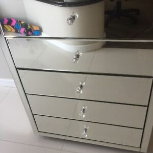 Mirrored bedside Table - Draws