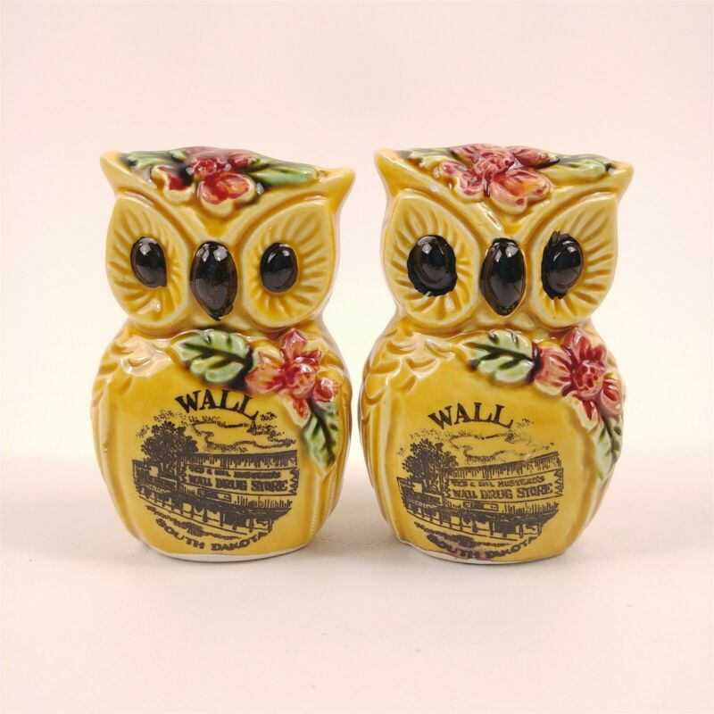 Ceramic Owl Wall South Dakota Souvenir Big Eyes Vtg Salt & Pepper Shakers Japan