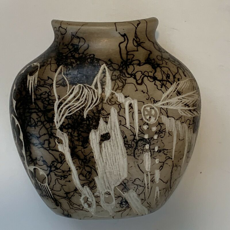 """Horsehair Vase, Signed, """"Wildflower"""", Horse & Feather Design"""