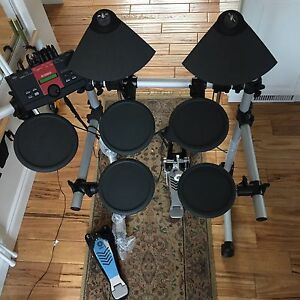 Electric drums - Yamaha DTLK9 Electronic Drum Pad Set