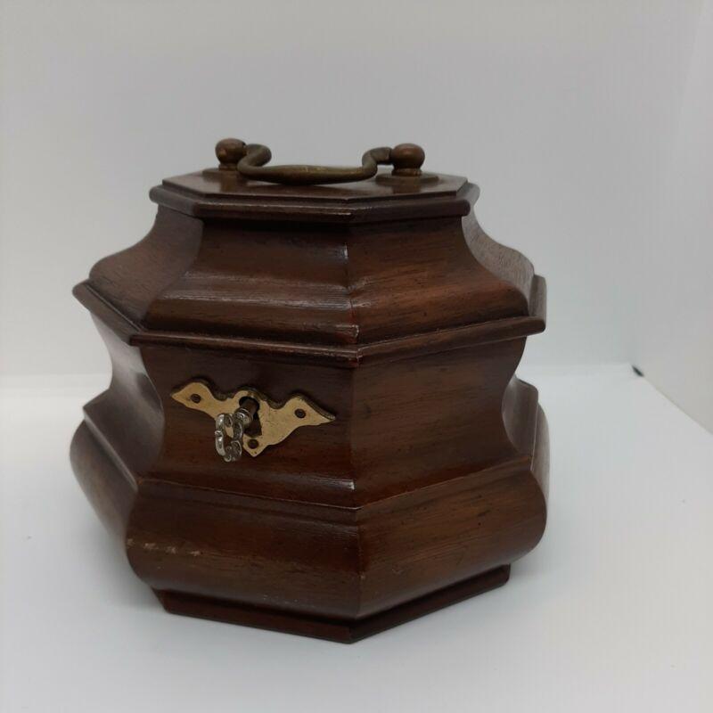 HENKEL HARRIS VA GALLERIES CHIPPENDALE TOBACCO HUMIDOR Tea Caddy WOOD with Key