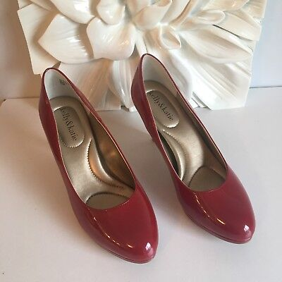 Red Patent Low Heel Pumps (Kelly & Katie Bright Red Patent Leather Classic Pumps Low Heels Size 7.5 NEW )