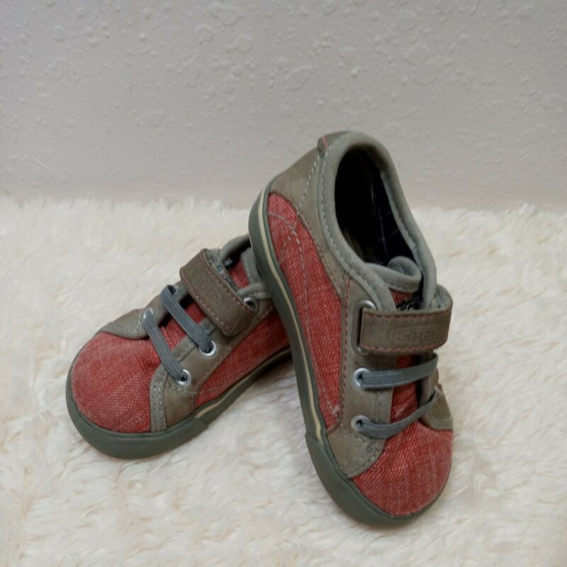 Keen Sneaker Red and Gray Toddler Size 7