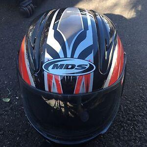 MDS Medium bike helmet South Melbourne Port Phillip Preview