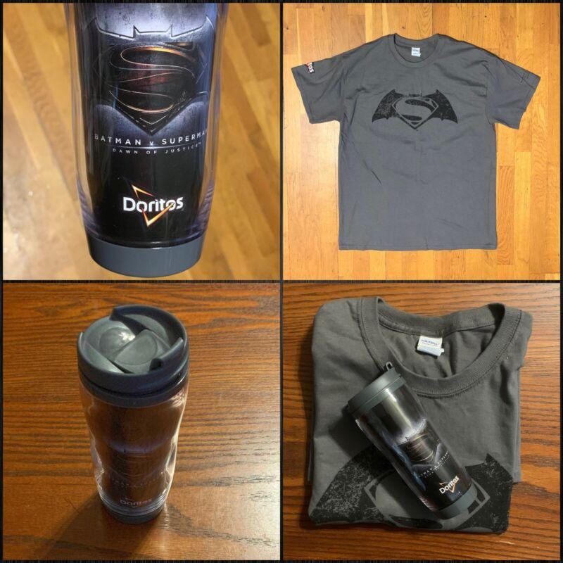 Vintage Batman Vs Superman 100%  Cotton T-shirt Size Large + Travel cup All New