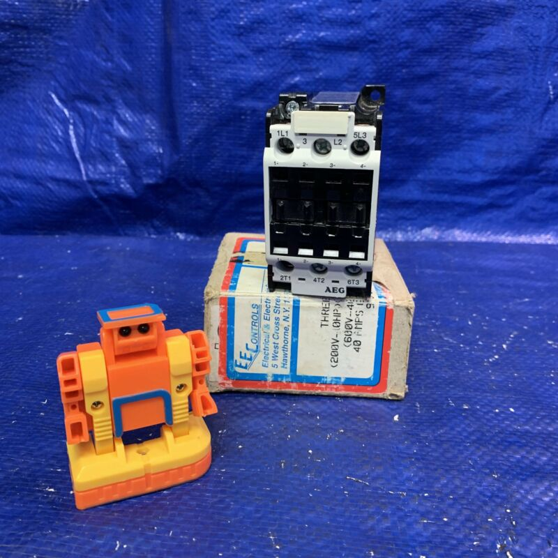 EEC/AEG SP27.00.60 910-301-588-25, Three Pole Contactor, 600VAC, 40A, General Pu