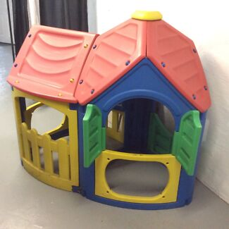 Cubby house - outdoor from Bunnings