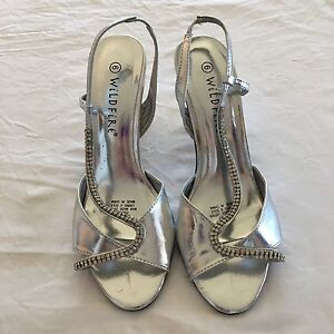 Silver heels Size 6 Pacific Pines Gold Coast City Preview