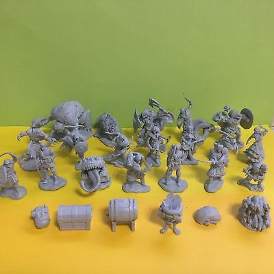 5X Dungeons & Dragons D&D Character Monster Plastic Mini Figure Toy Send Random