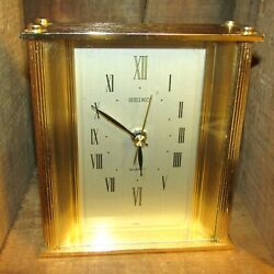 NICE VINTAGE SEIKO QUARTZ MANTEL OR TABLE CLOCK-GOLD COLOR-WORKS !!