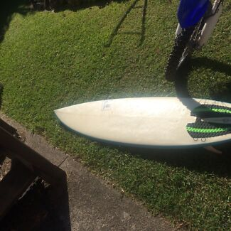 Rod rose surf board