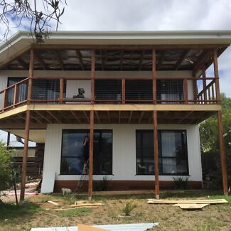 Bay Views Holiday House Available all year 2016-17 prices vary.