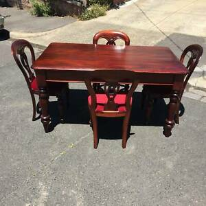 vintage dining suite,4 x red velvet balloon back chairsWE CAN DELIVER