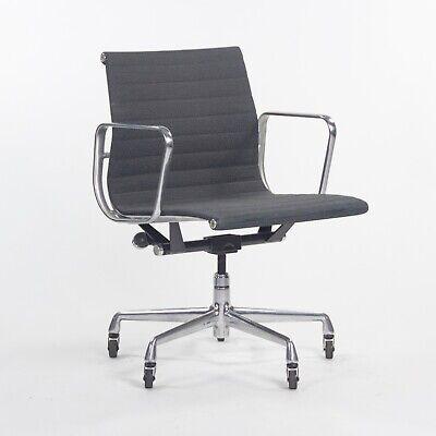 2000s Herman Miller Eames Aluminum Group Management Grey Fabric Desk Chair