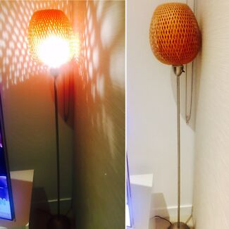 Selling a cute Floor lamp in a great condition