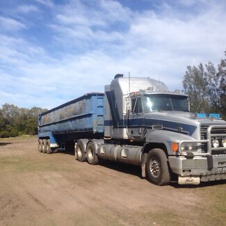 Mack CLR elite  hydruilics ready for harvest ect Newcastle 2300 Newcastle Area Preview