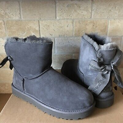 UGG CUSTOMIZABLE MINI BAILEY BOW CHARCOAL GREY GRAY SUEDE BOOTS SIZE 8 WOMENS