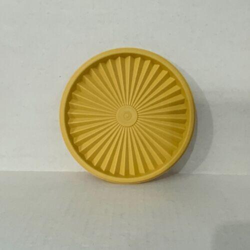 """Vintage Tupperware 808-8 Servalier Lid Harvest Gold 6 1/2"""""""