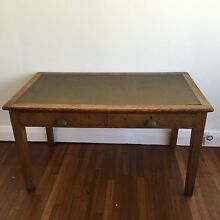 Antique oak desk Hilton Fremantle Area Preview