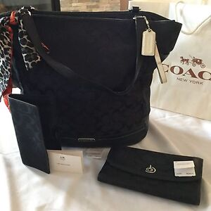 COACH PURSE AND MATCHING WALLET - WILL NOT SEPARATE SET