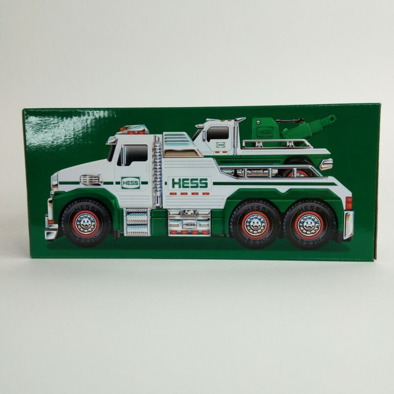 Hess 2019 White Toy Tow Truck