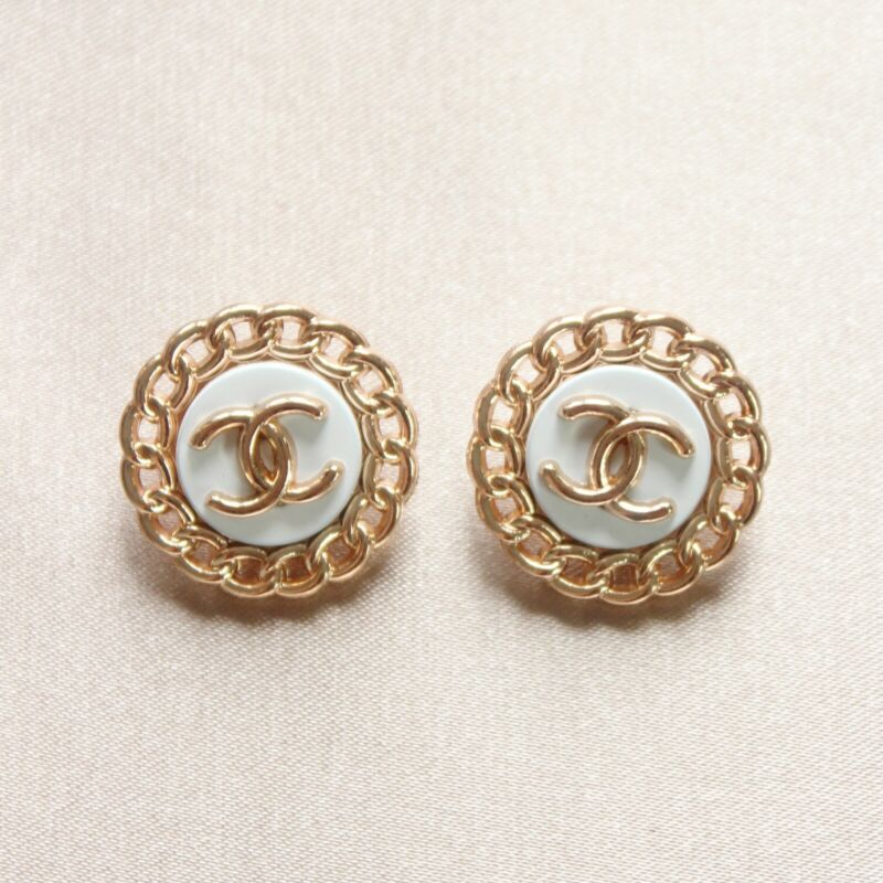 Set of 2 Chanel Buttons 23mm, White, Gold, Stamped