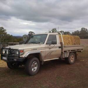 RV Toyota Landcruiser ute trayback 4x4 Very Rare Excellent cond Armidale Armidale City Preview