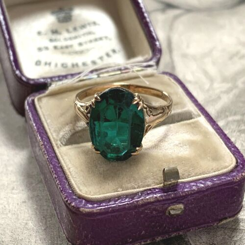 Antique Green Paste Oval 9ct 9K Yellow Gold Solitaire Ring Edwardian Art Deco