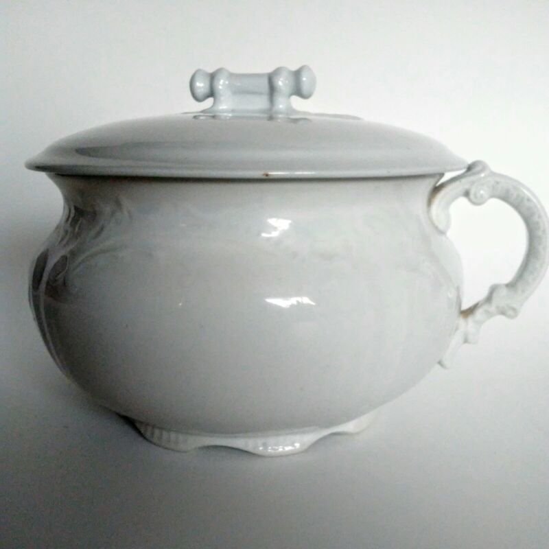 Antique White Chamber Pot With Lid