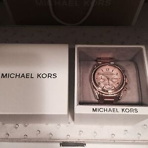 New in box With Tag Rose Gold Michael Kors Watch