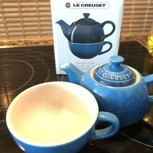 Le creuset coffee set for one, never used, with packaging