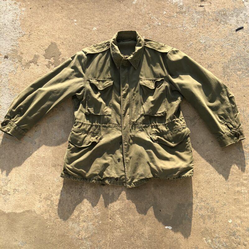 Vintage Mens Jacket shell field m-1951 Korea Era Size Large.