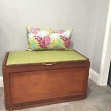 Storage chest/ bench Greenfield Park Fairfield Area Preview