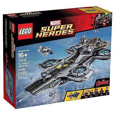LEGO® Super Heroes The SHIELD Helicarrier 76042