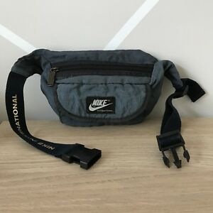 Vintage Nike Hip Pack/ Waist Purse