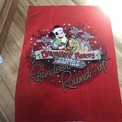 Disneyland Resort Santa's Reindeer Round-Up Red Fleece Christmas Blanket 36 x 48